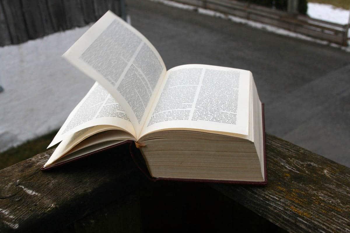 Hur tunn eller tjock bör en bok vara?