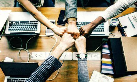 Samarbeta och dela på kunskap